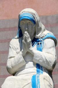Mother Teresa Statue Praying