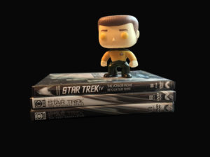 data-start-trek-dvds_1-all-black-bg
