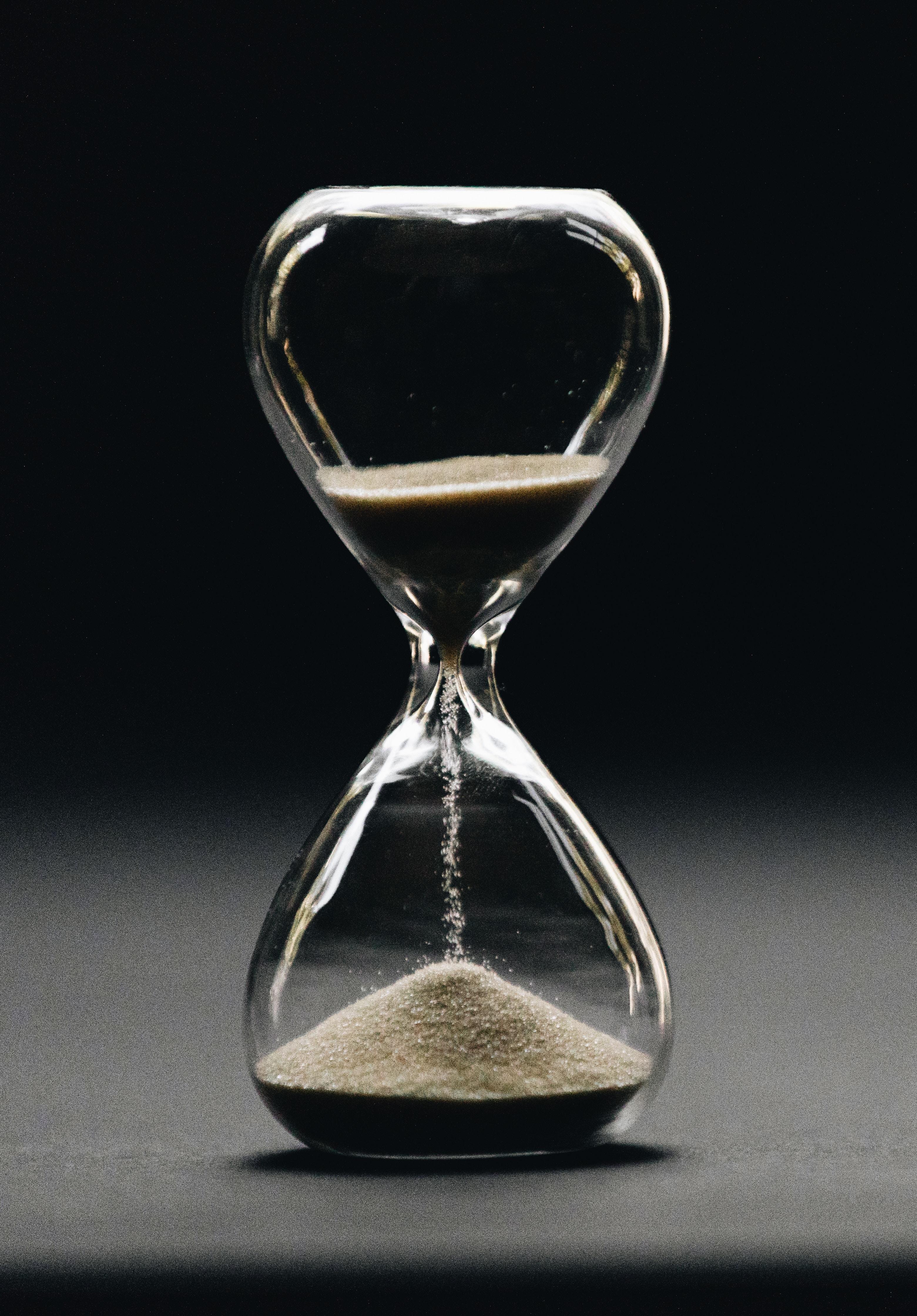 флегматичны картинки песочных часов на аву день похорон